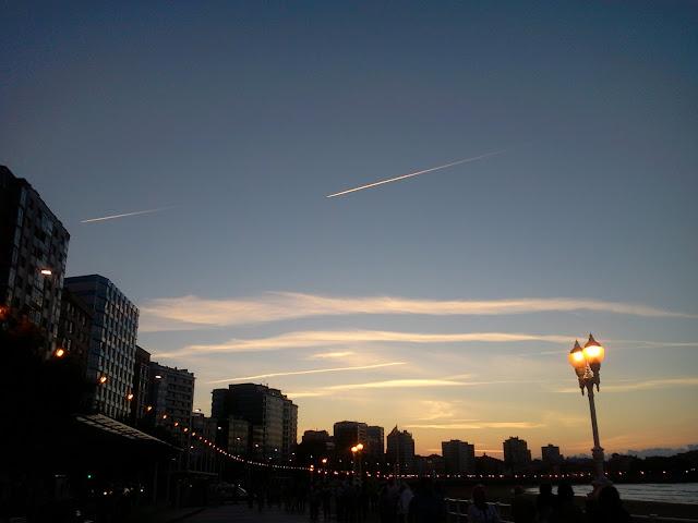 Gijón-de-noche
