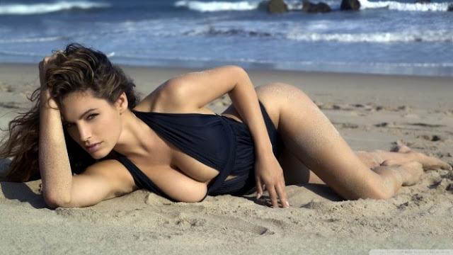 Hot girls Kelly Brook sexy England lady half nuked 2