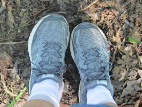 clean trail runners
