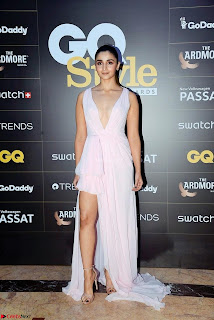 Alia Bhatt looks beautiful stunning in a Light Pink Deep neck Gown ~ Exclusive 005.jpeg