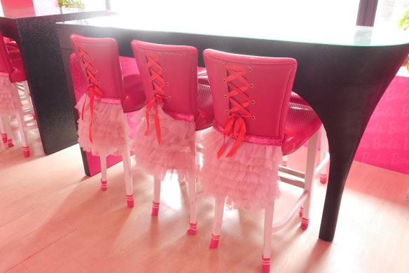 Paso a paso para hacer glamurosas sillas para despedida de soltera oh my fiesta para chicas - Sillas para hacer el amor ...