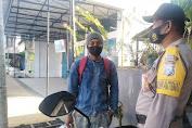 Bhabinkamtibmas Polsek Soreang Kembali Sosialisasikan Protokol Kesehatan pada Warga