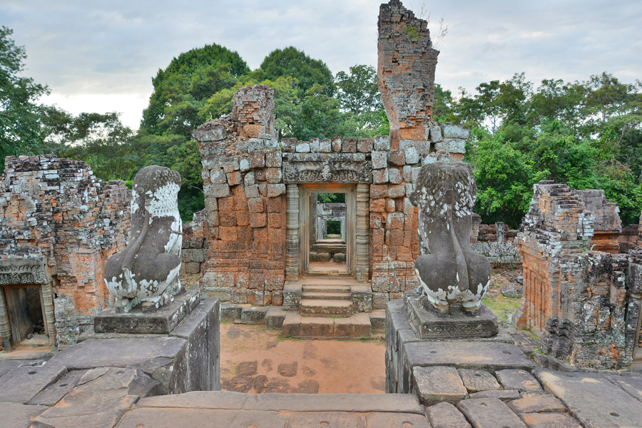 East (Eastern) Mebon, Angkor