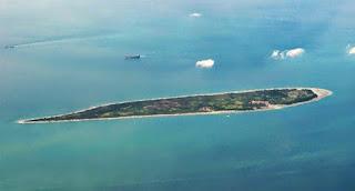 http://www.teluklove.com/2017/03/destinasti-objek-wisata-pulau-tunda-di.html