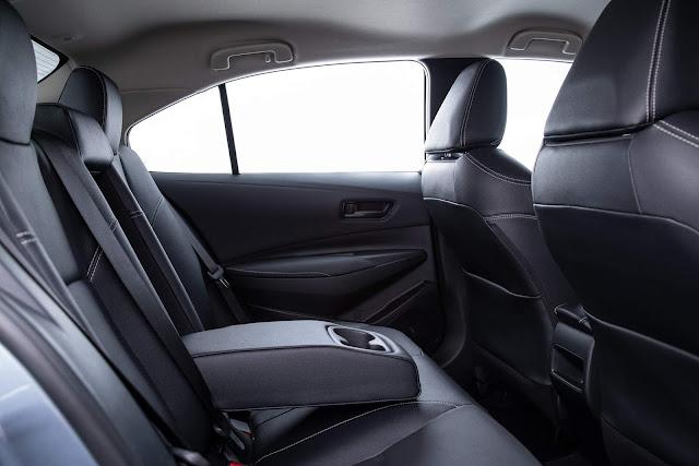 Toyota Corolla XEi 2020 - interior