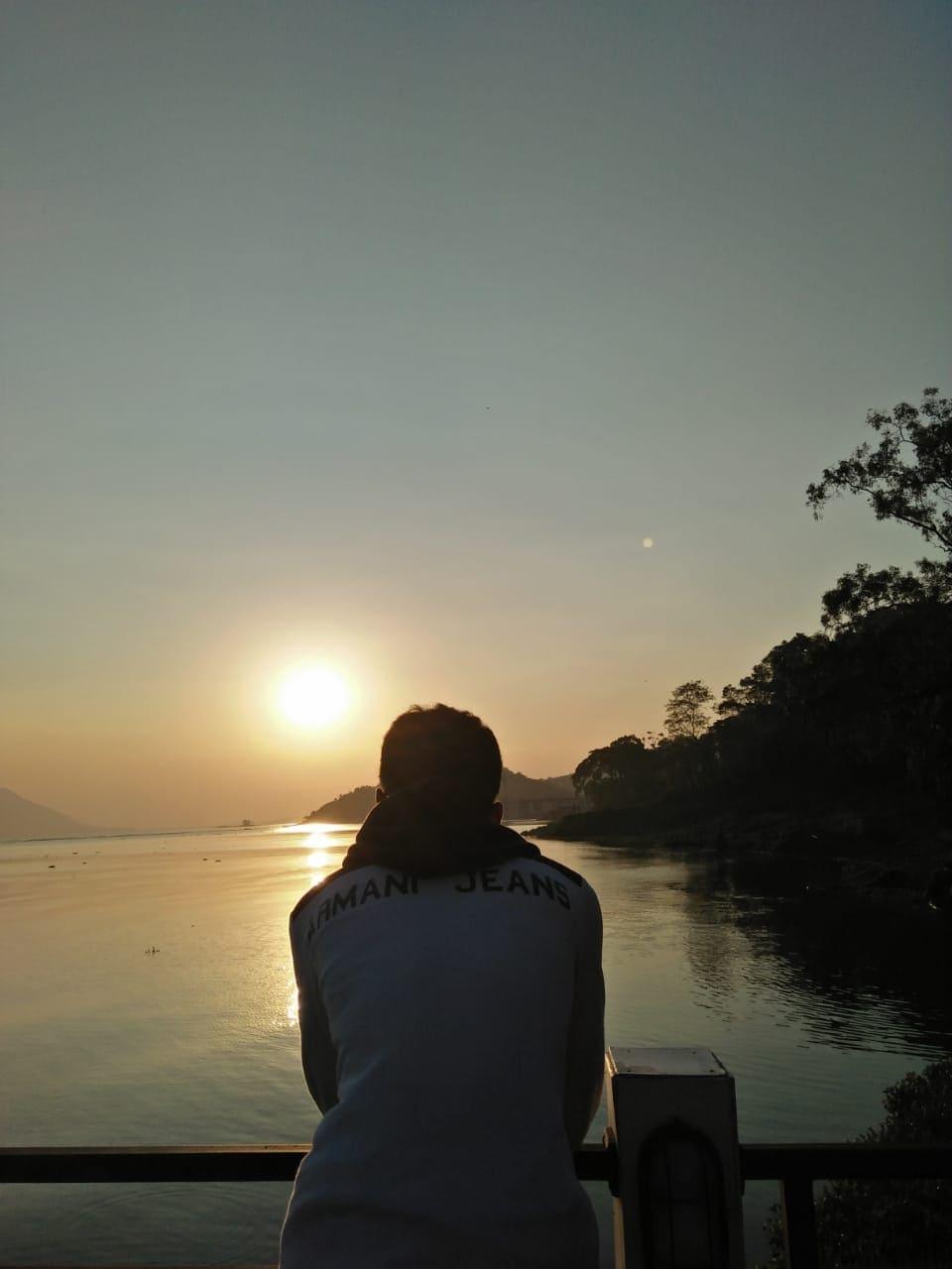 Lagi Cari Sunset Untuk Upload di Instagram Jelajah Wisata di Jatiluhur - Purwakarta
