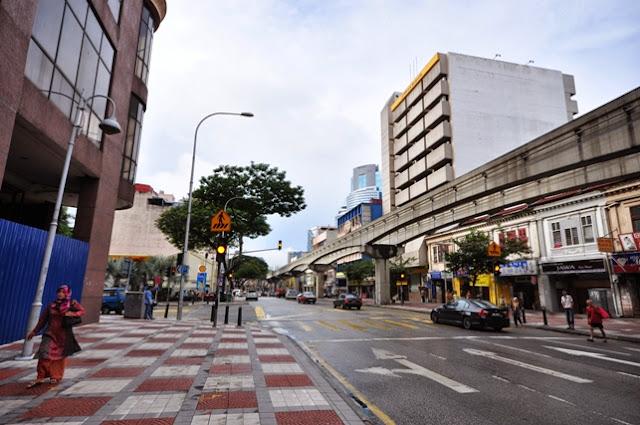 Jalan Tuanku Abdul Rahman street infront of Cititel Express Hotel