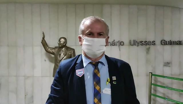 Prefeito de Limoeiro vai a Brasília atrás de emendas para beneficiar a saúde dos Limoeirenses