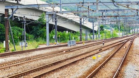 Az osztrák vasút újra fogad és indít vonatokat Hegyeshalomnál
