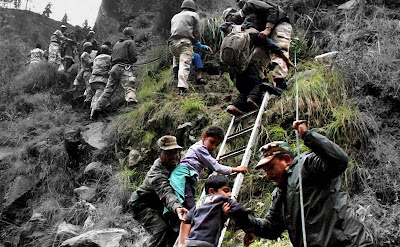 Building of a bridge by Indian army in Kedarnath floods, Uttarakhand