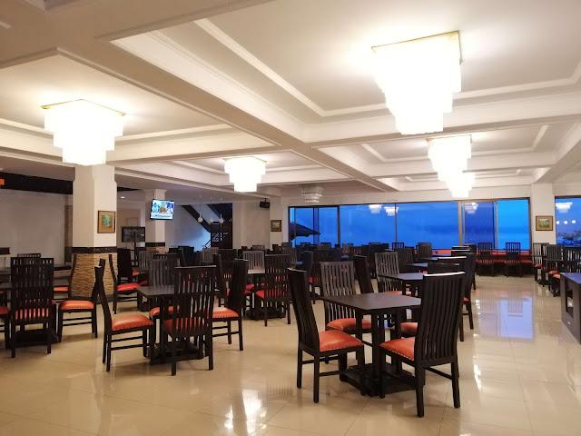 restoran queen garden hotel