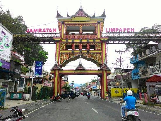 14 Objek Wisata Yang Wajib Anda Kunjungi Di Kota Bukittinggi Terbaru