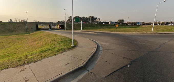 Un transeúnte murió tras ser embestido en Av. Circunvalación y el Puente Nogues