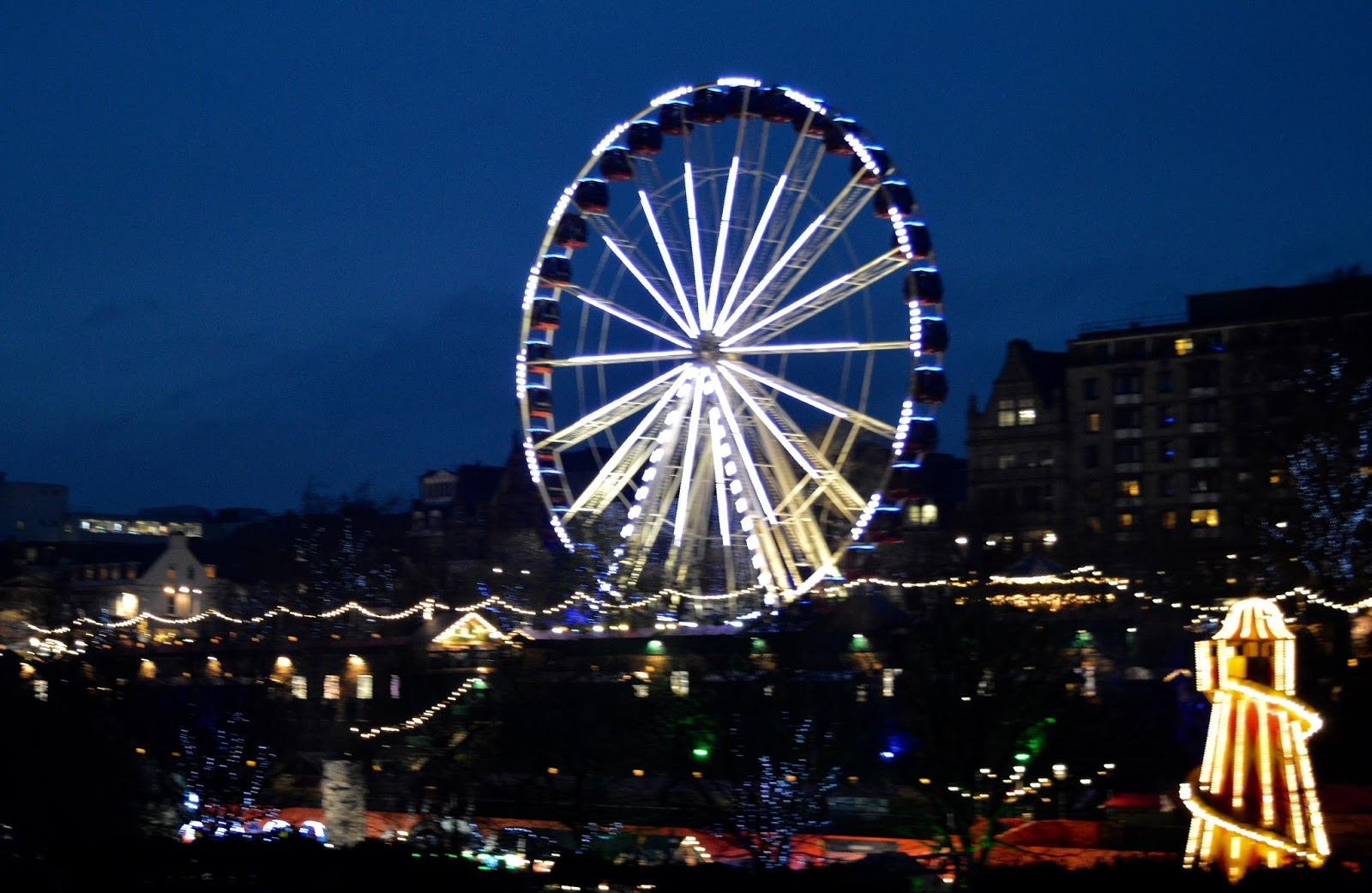 10 Reasons to Visit Edinburgh in December - Ferris Wheel