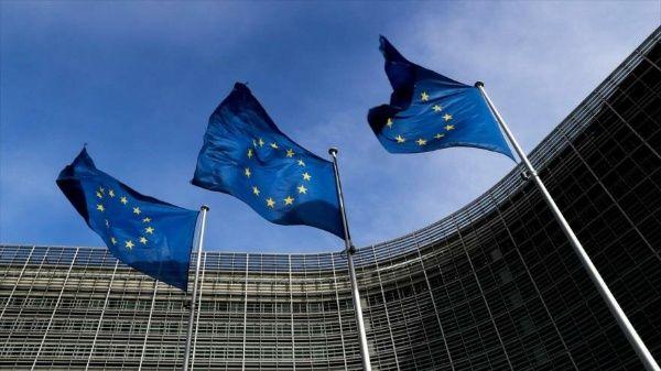 """UE advierte a Reino Unido sobre frontera """"dura"""" con Irlanda"""