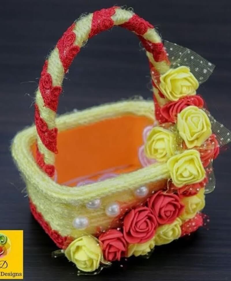 potes de margarina decorados