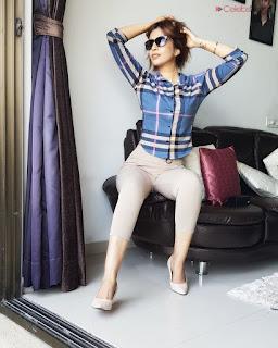 Rishika Kaushal in Bikini Spicy Indian Modell .xyz Exclusive 001