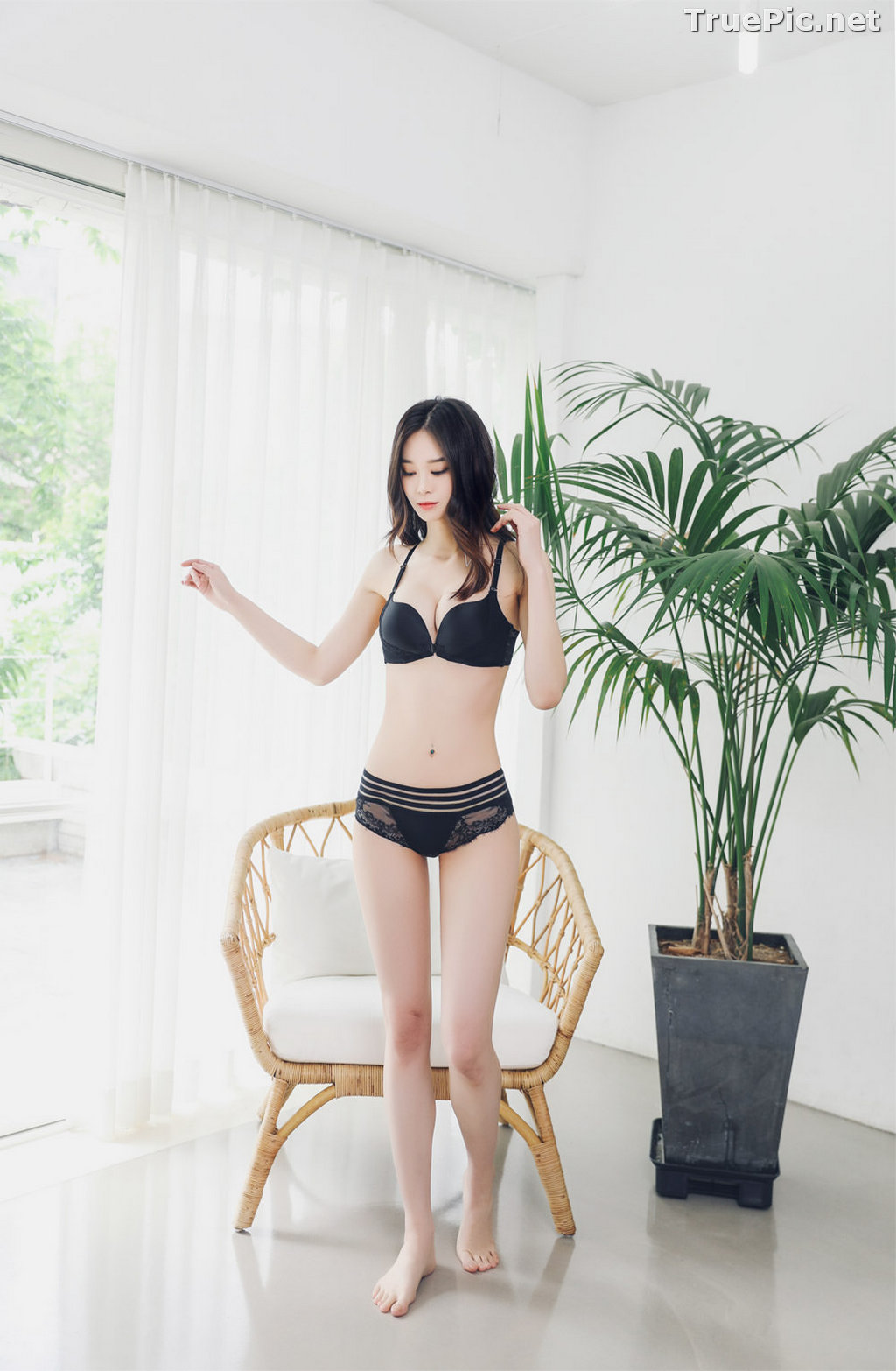 Image Korean Fashion Model – Carmen – Black Lingerie and Sleepwear - TruePic.net - Picture-10