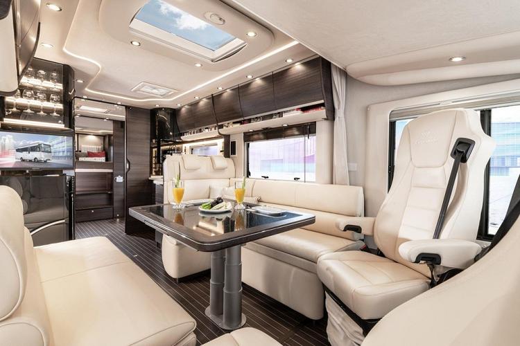 'Soi' nhà di động sang chảnh Concorde Liner hơn 9,4 tỷ đồng