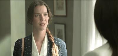 Fabiana (Nathalia Dill) fará intrigas para separar a irmã de Camilo (Lee Taylor) na novela
