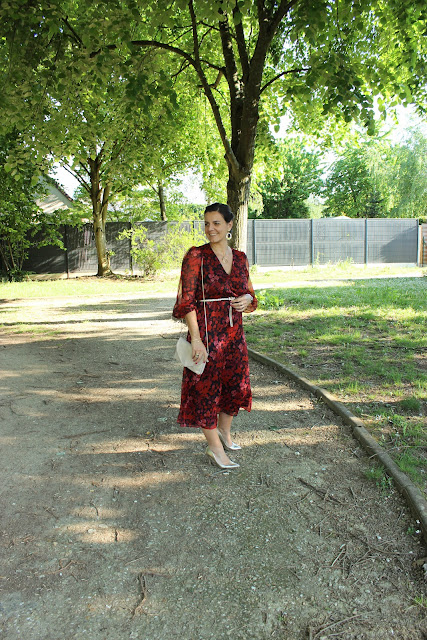 robe rouge, escarpins dorés minelli, look du jour, les petites bulles de ma vie
