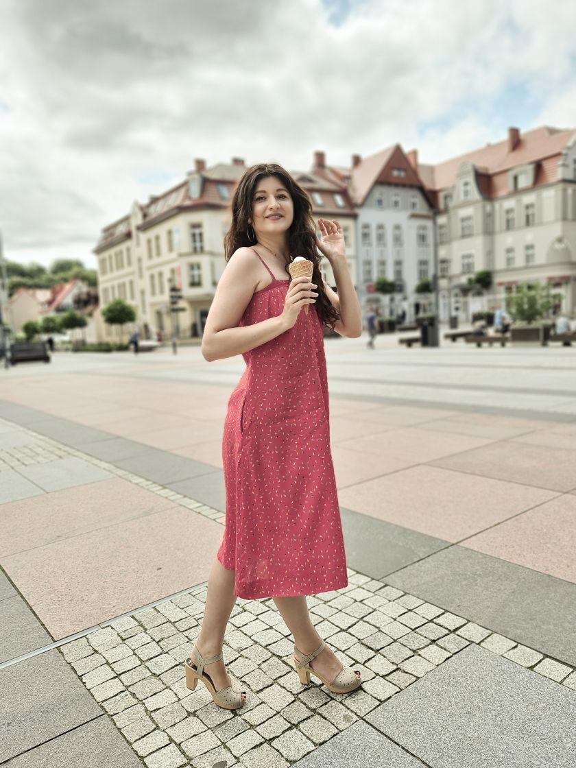 Sukienka Vintage, blogerka modowa, blog podóżniczy
