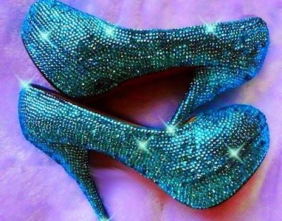 zapatos de moda con tacon pequeño