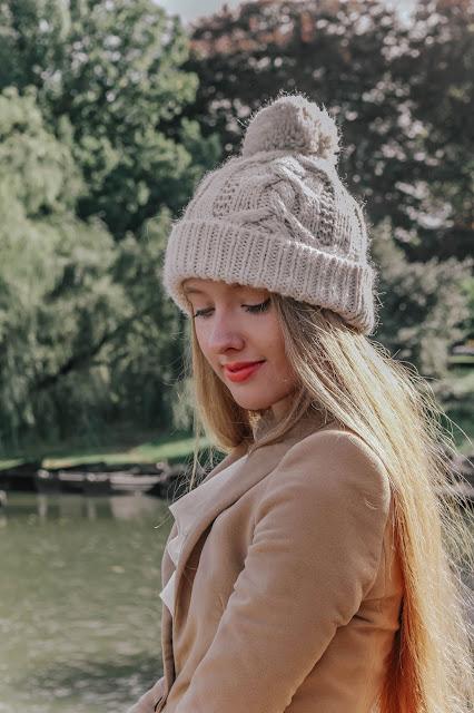 Mint Velvet white knitted beanie hat