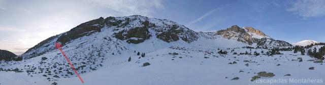 Vistas a la ascensión del Gra de Fajol Petit de la Olla de Vallter, Ulldeter en invernal