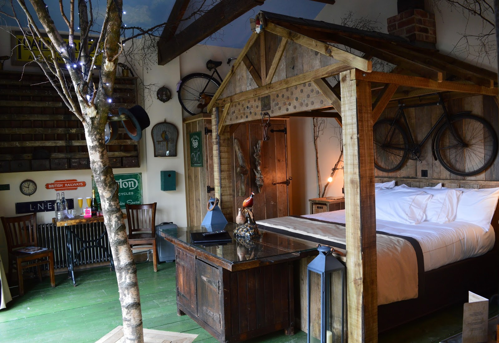 Overnight Stay at South Causey Inn | County Durham - Tree House