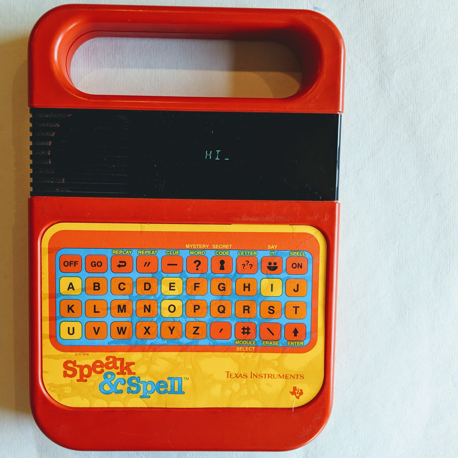 picture of vintage electronic game device