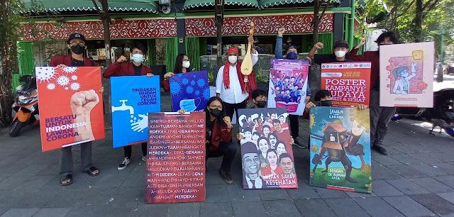 Kampanye Gerakan Nasional Revolusi Mental, Civitas Akademik DKV ISI Surakarta Gelar Aksi Pajang Poster