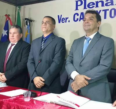 Hilton Gonçalo toma possa como prefeito