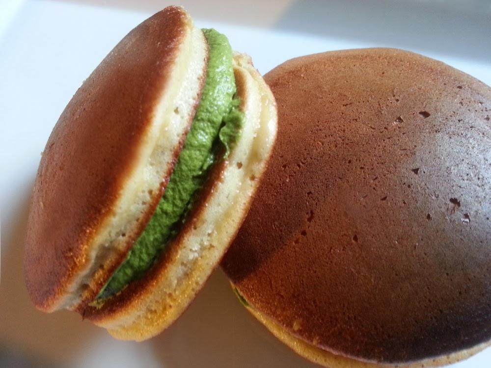 COOKING WITH JAPANESE GREEN TEA: Green Tea Matcha Dorayaki