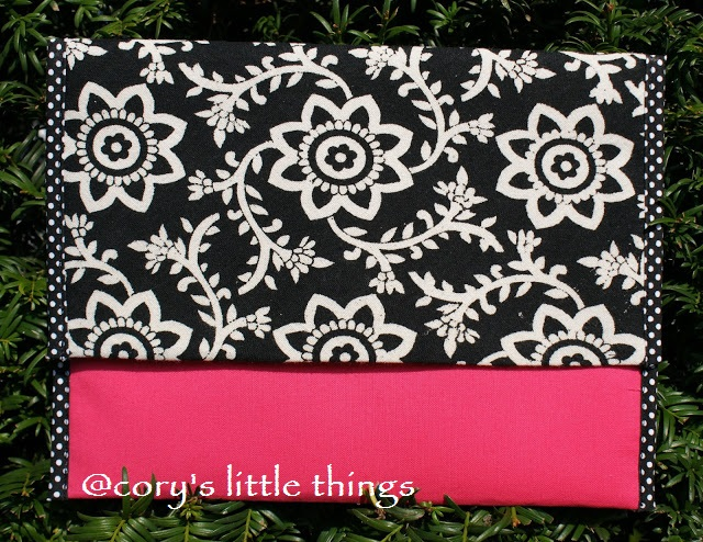 """Playful spot of fuchsia"" clutch / Plic "" Playful spot of fuchsia"""