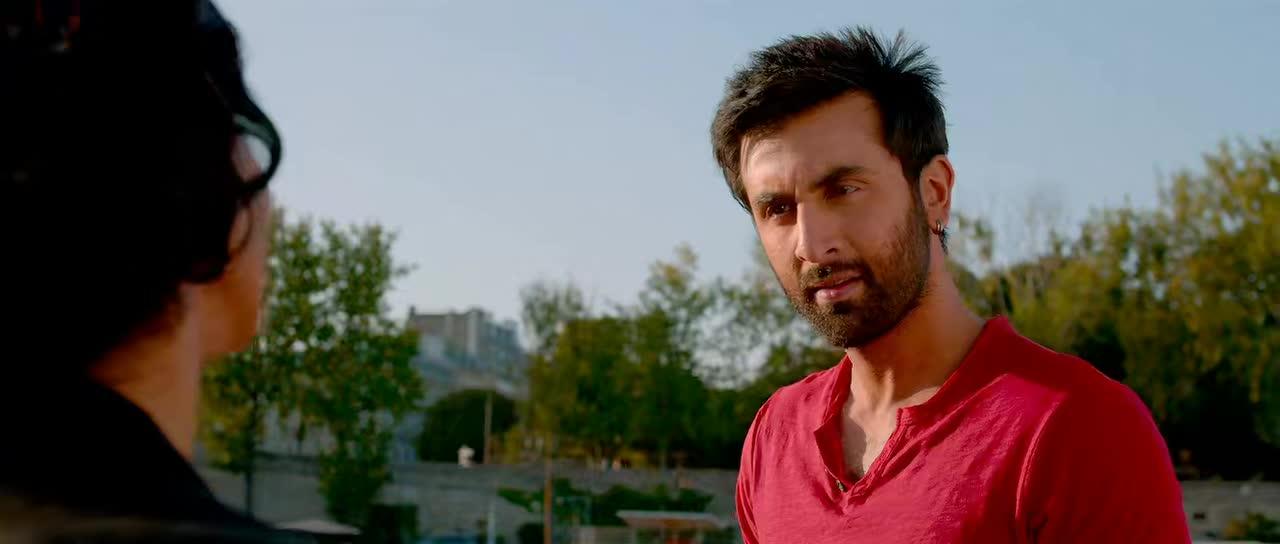 Screen Shot Of Yeh Jawaani Hai Deewani 2013 300MB BRRip 720P Full Hindi Movie Watch Online Free Download