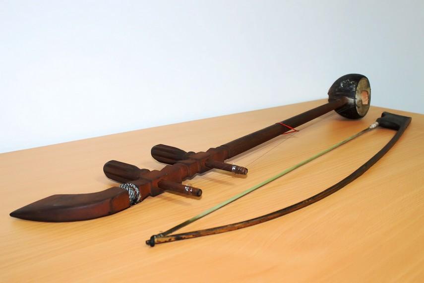 alat musik sukong