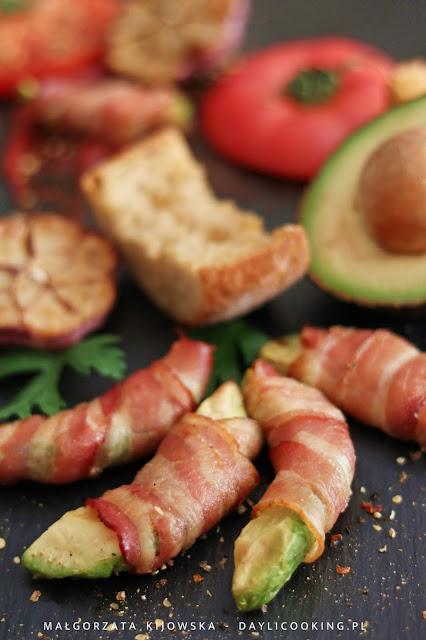 przekąski z awokado, jak upiec awokado, co zrobić z awokado, proste przepisy na dania z awokado, daylicooking