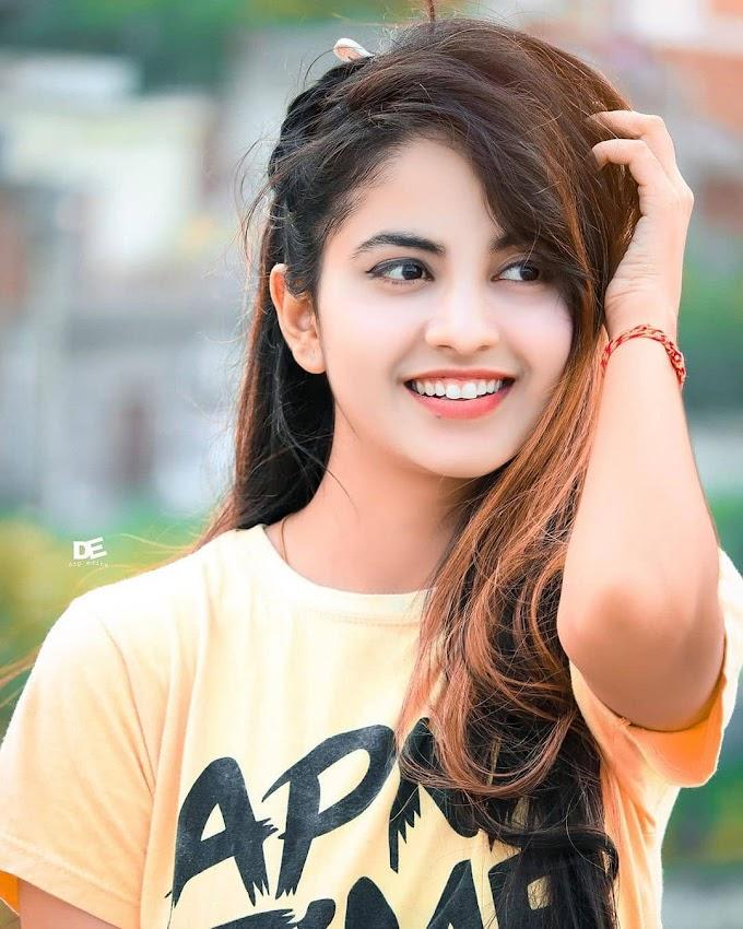 Priyanka Mongia Latest Photos And Biography