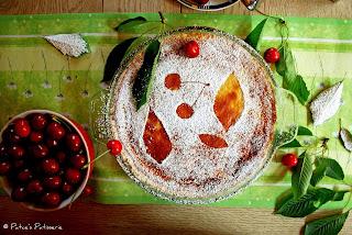http://patces-patisserie.blogspot.com/2013/08/vanille-kirsch-pie-cherry-cherry.html
