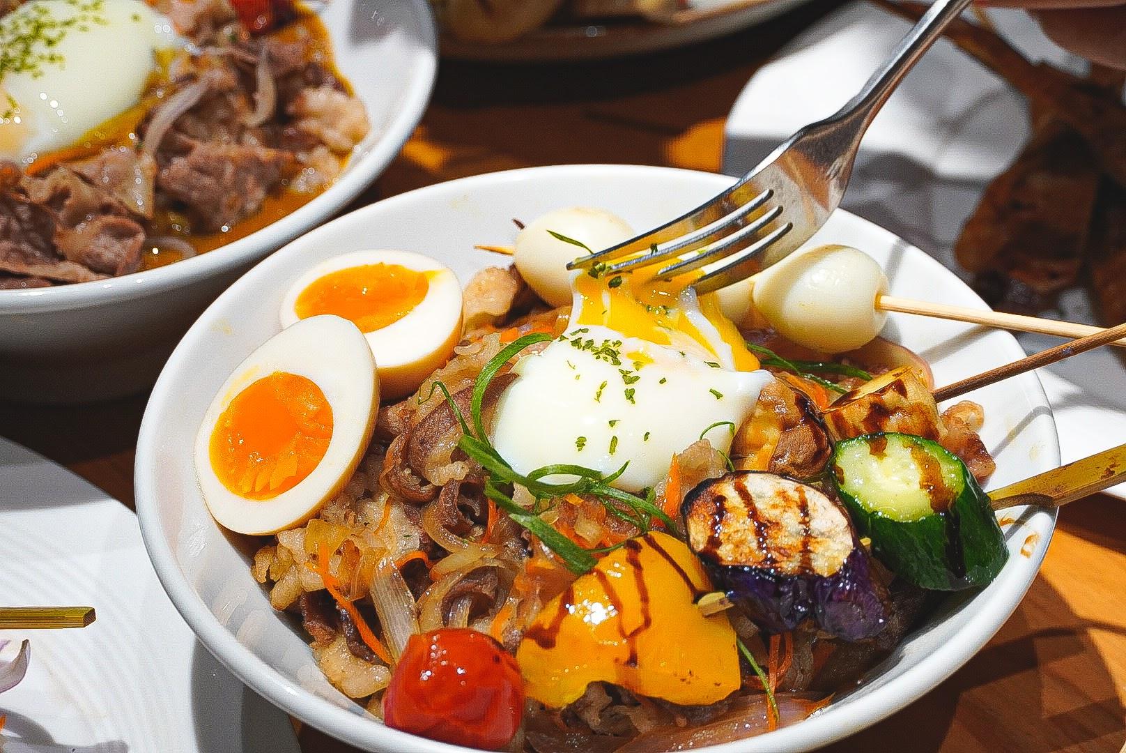 台南義式餐廳推薦|【YO義思】充滿文藝感的義式餐廳,美味料理好吃又好拍!|台南好市多附近平價美食
