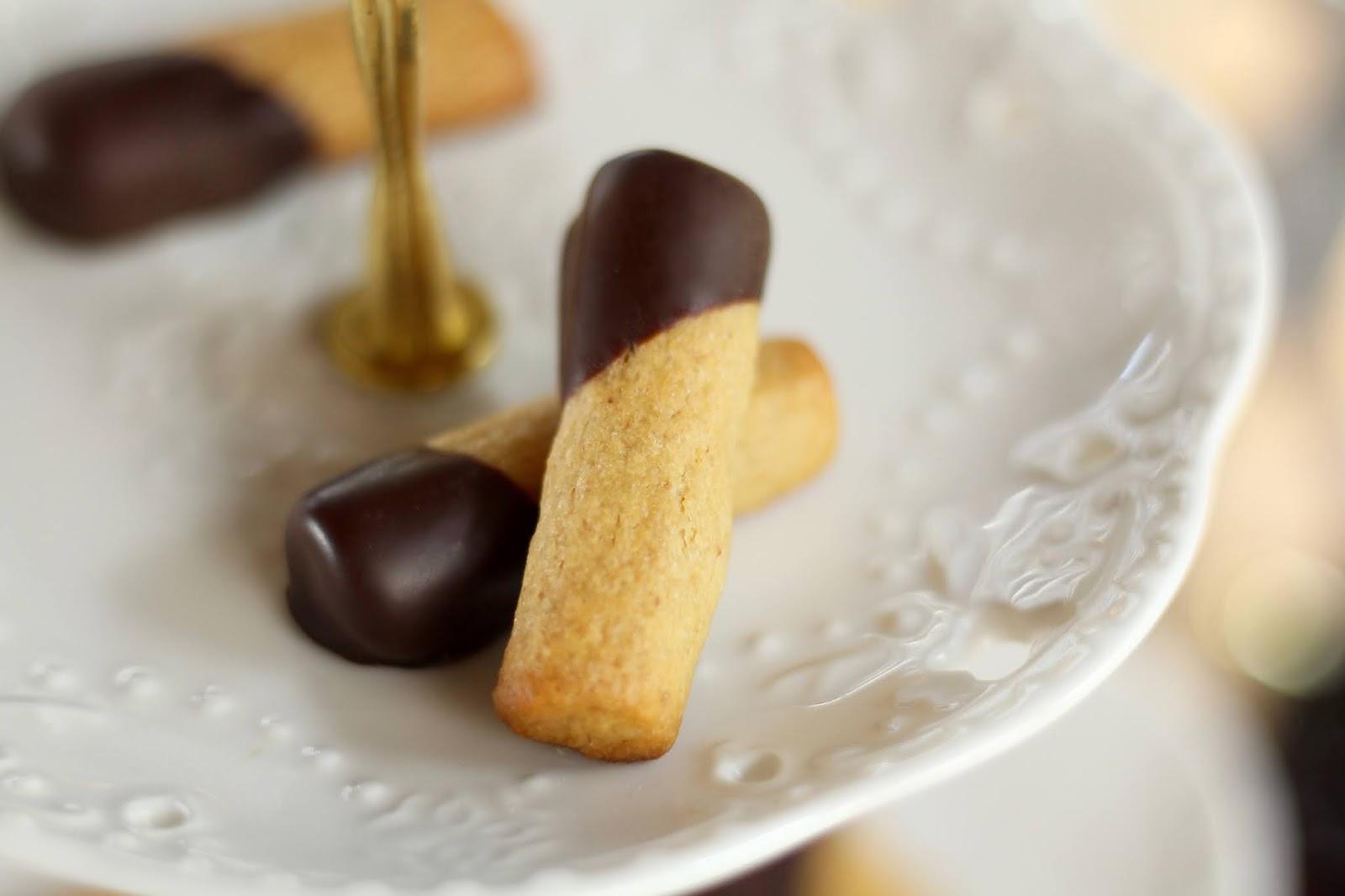 Zarte Makronen-Nuss-Stäbchen - Rezept von Sugarprincess | SCCC 2020: Türchen Nr. 19 | Gewinnspiel