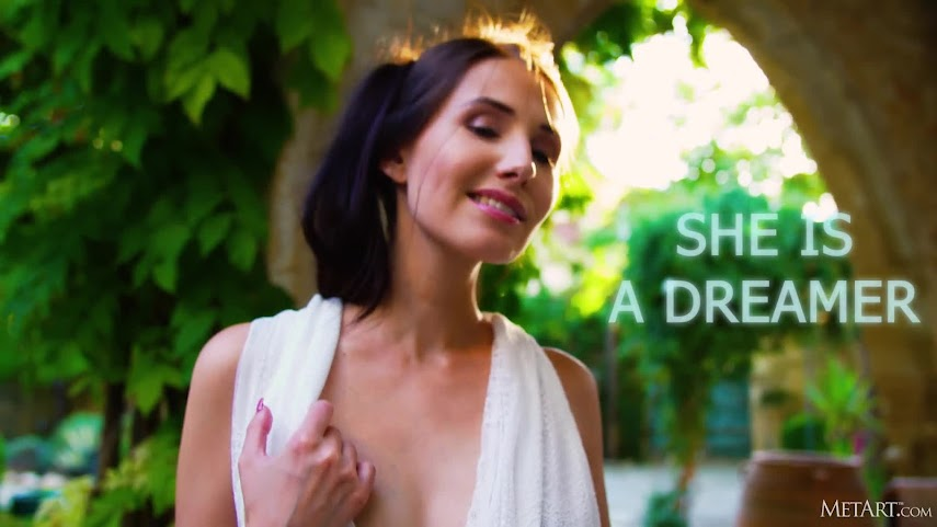 [Met-Art] Vanessa Angel - She is A Dreamer