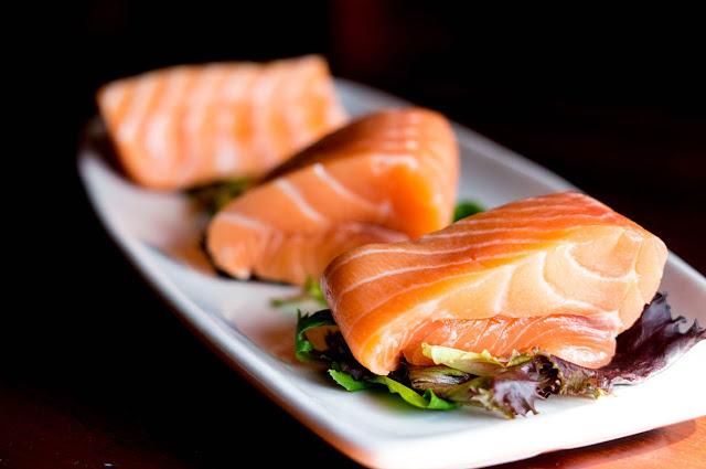 Ikan Salmon - Mengkonsumsi Ikan Salmon