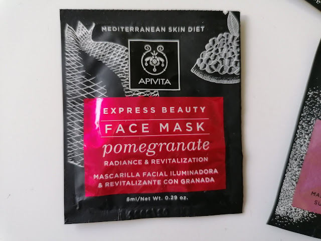Apivita face mask pomegranate