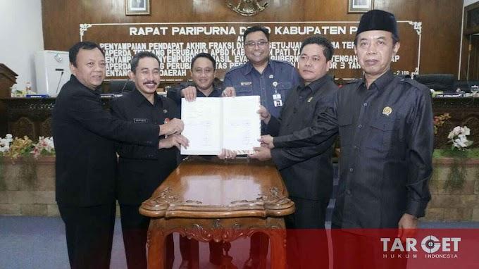 Bupati Haryanto Tandatangani Persetujuan Bersama Raperda Perubahan APBD 2019