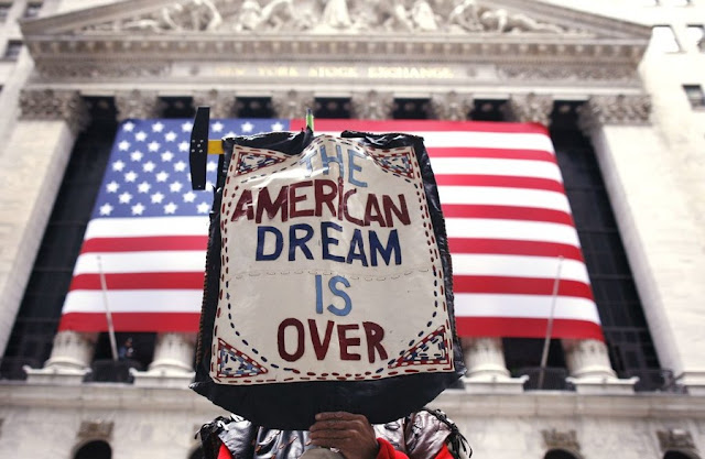 Η φθίνουσα επιρροή των ΗΠΑ και η νέα «μοιρασιά»