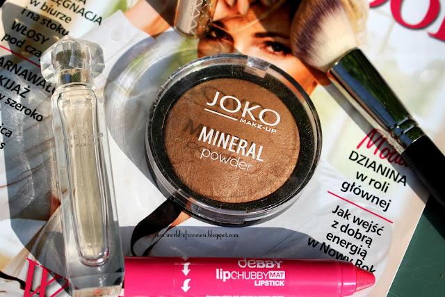 Mineralny puder rozświetlający JOKO