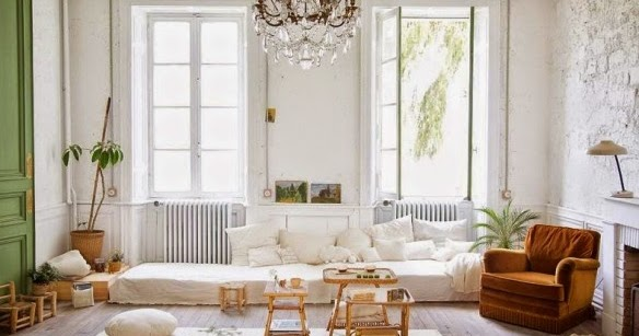 cool chic style fashion interios chateau de dirac le ch teau des petites emplettes. Black Bedroom Furniture Sets. Home Design Ideas