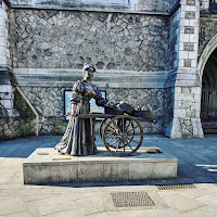 Pictures of Dublin under lockdown: Molly Malone